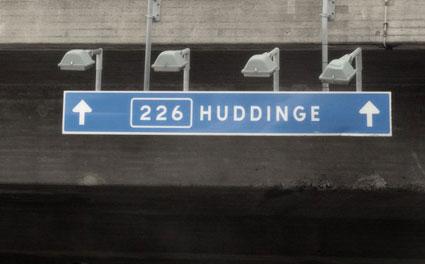 Huddinge - vägskylt. Foto: Fredrik Welander